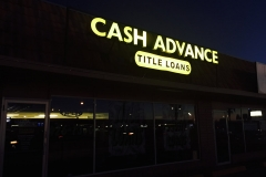 retail-store-signage-lighting4